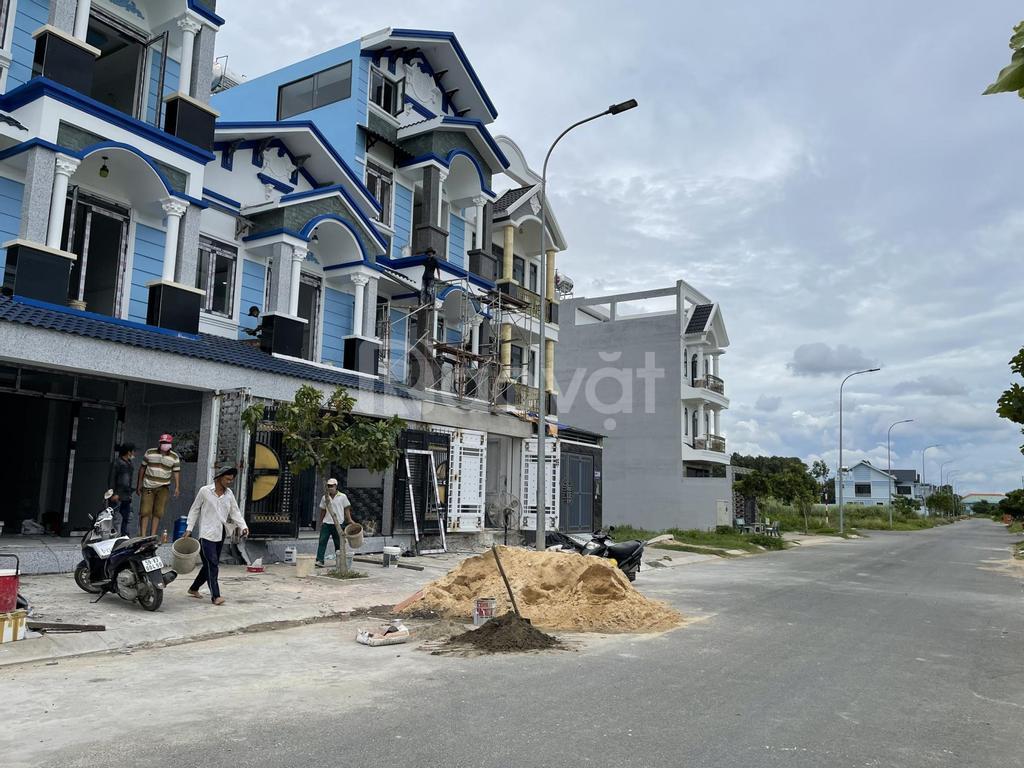 Bán 3 lô liền kề DT 5x17m 255m2 KDC Phạm Văn Hai đối diện bệnh viện