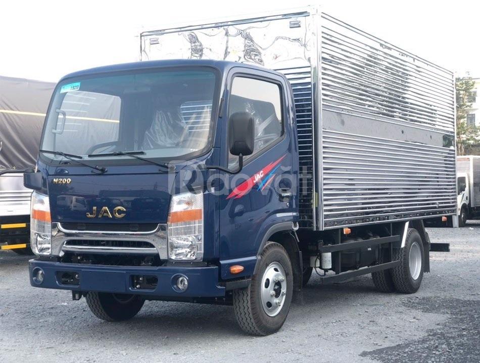 Xe tải Jac 1T9 thùng 4m3, động cơ Isuzu 2.7L 2021 giá rẻ tại Tây Ninh