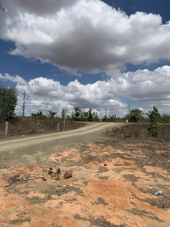Bán đất Hòa Thắng quy hoạch đất CLN, cách đường ĐT 716 300m