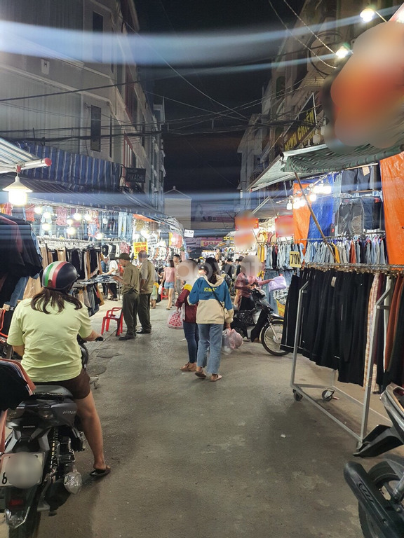 Bán nhà mặt tiền buôn bán trong chợ Hạnh Thông Tây, Gò Vấp