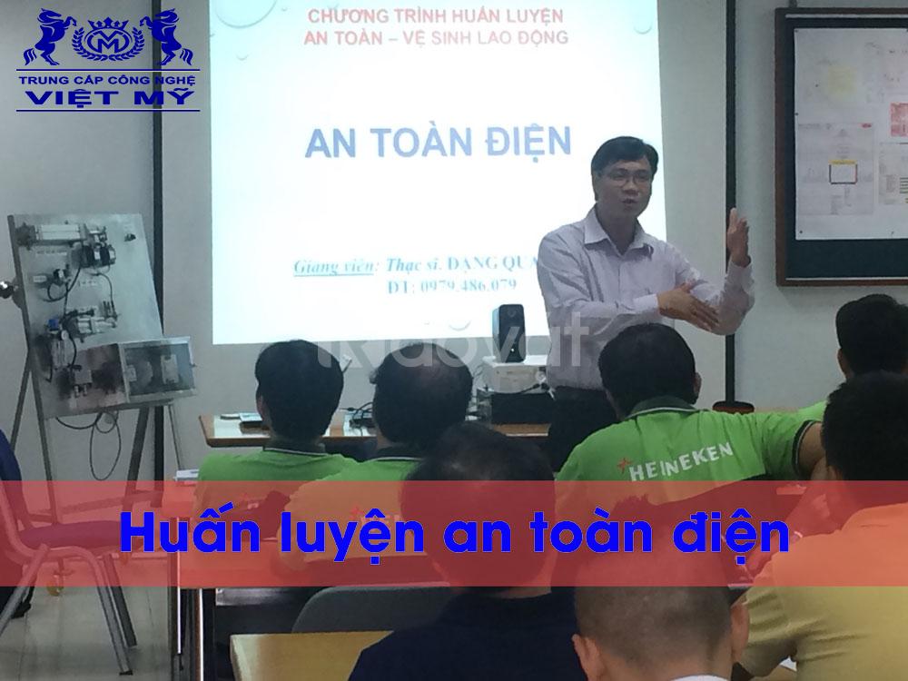 Mở lớp an toàn bảo dưỡng, sửa chữa lắp đặt điện tại Kiên Giang