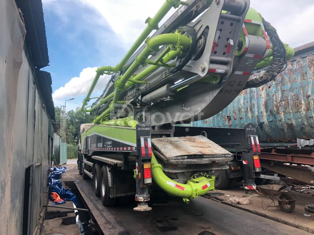 Bán xe bơm bê tông zoomlion 56m đời 2018 chưa sử dụng tại Việt Nam