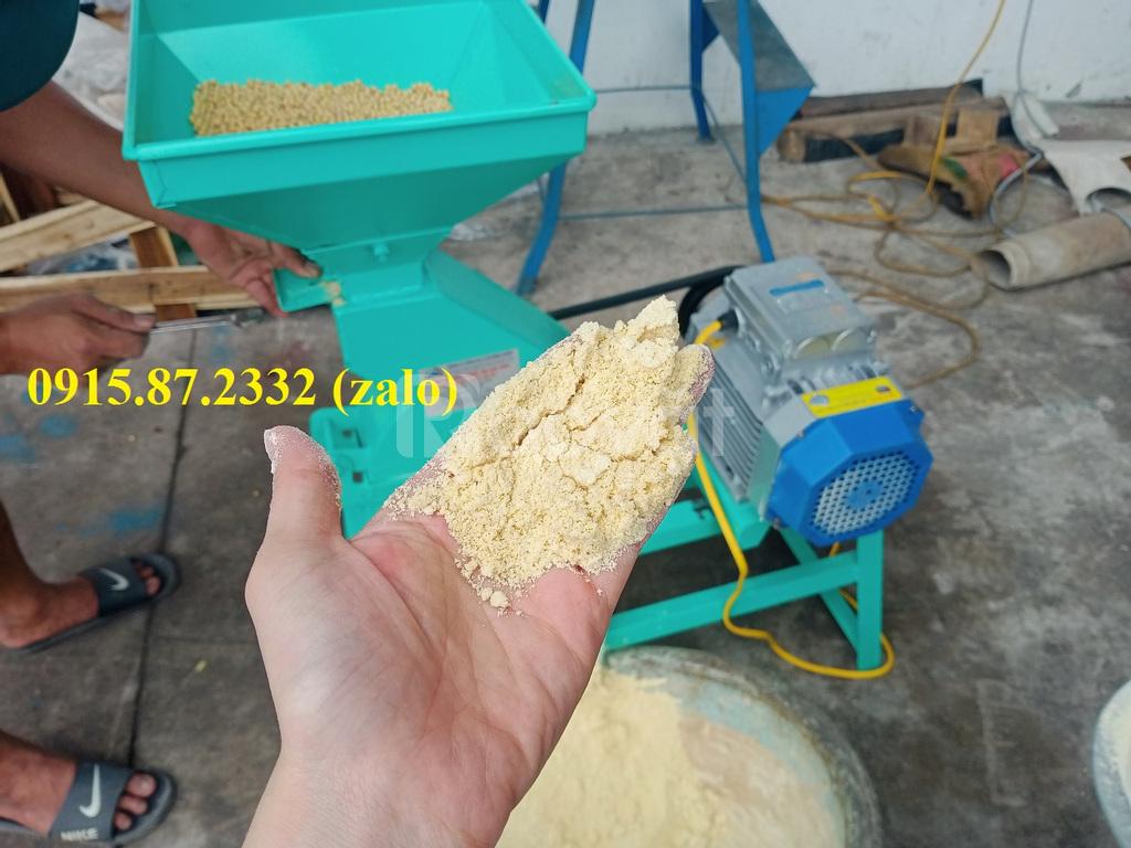 Máy nghiền mịn cá khô, thảo dược, ngũ cốc Bình Quân