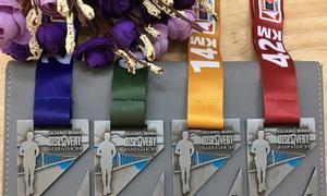 Huy chương trao giải