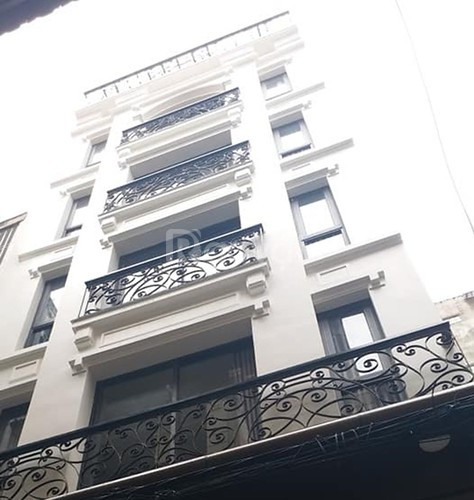 Tòa nhà đẳng cấp mặt phố Bùi Thị Xuân 133m2, 12 tầng thang máy