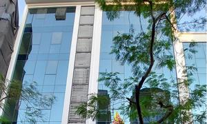 Tòa nhà phố Dịch Vọng Hầu, gần công viên Cầu Giấy, 8 tầng thang máy
