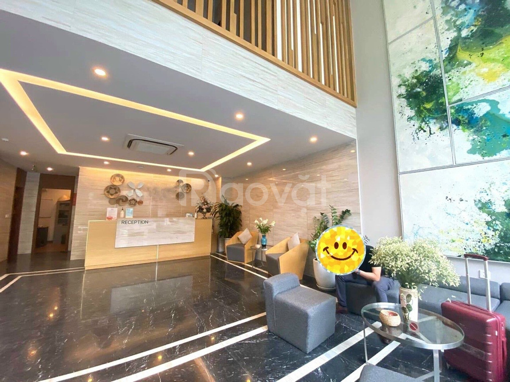 Khách sạn phố Trần Thái Tông, cầu giấy 150m2, 9 tầng thang máy