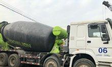 Xe trộn bê tông Howo 4 chân nhập khẩu nguyên chiếc