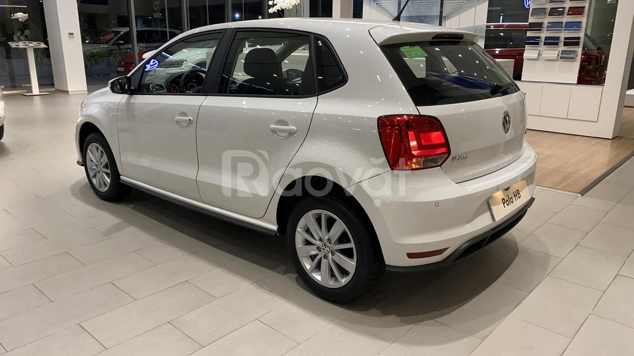 VW Polo Hatchback đô thị bán chạy Châu Âu, giá tốt