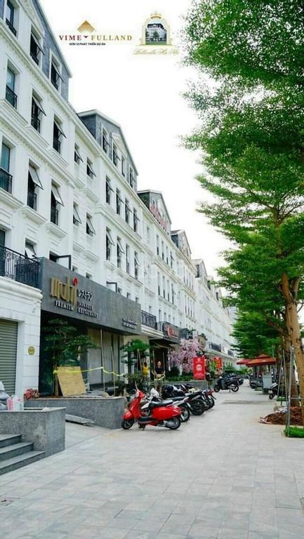 Nhà mặt phố Cầu Giấy, vị trí thương mại hạng A, kinh doanh sầm uất