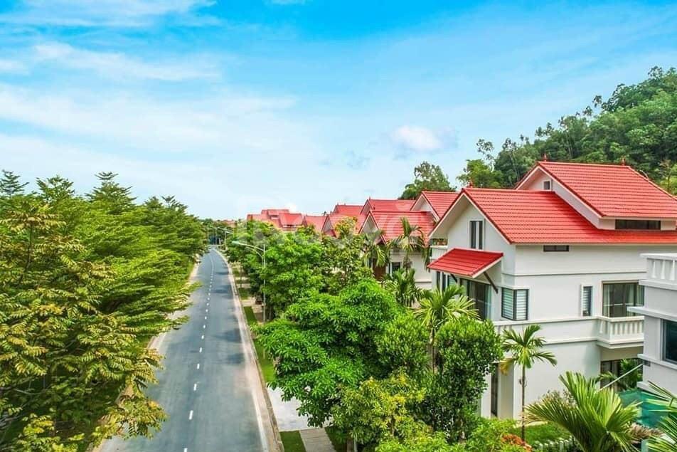 Trung tâm Khu C , biệt thự Xanh Villas, Láng Hòa Lạc, giá đầu tư