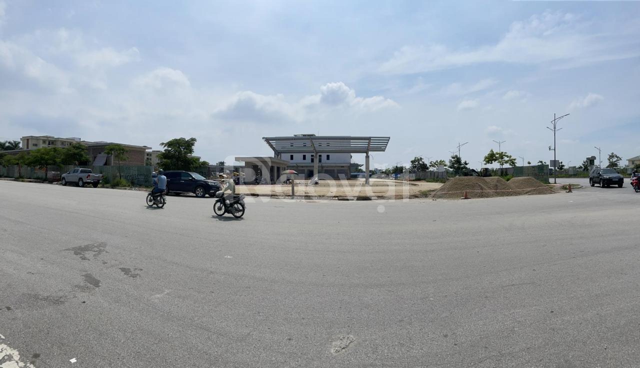 Chuyển nhượng ShopHouse làng Việt Kiều