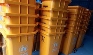 Thùng rác y tế, thùng rác đạp chân