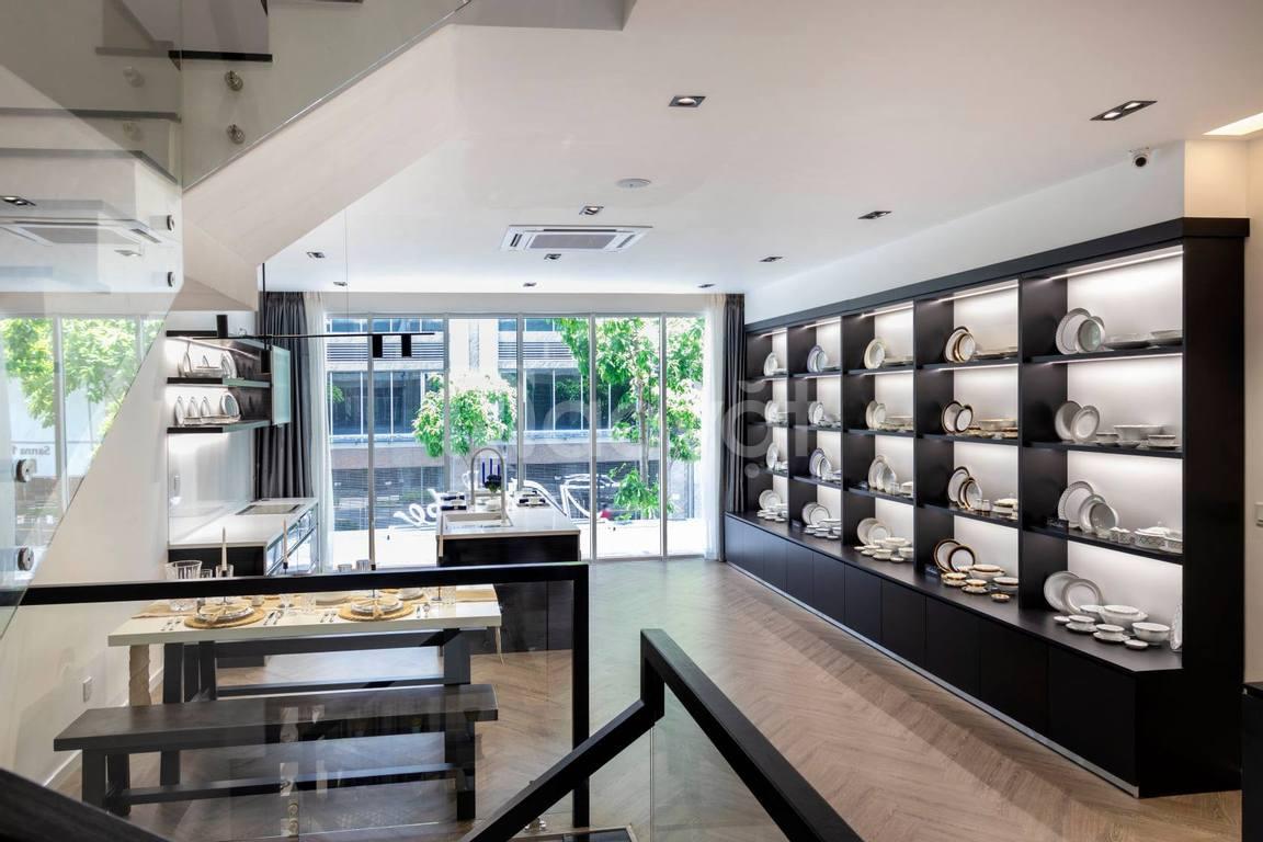 Nội thất Showroom, thiết kế và thi công giá rẻ