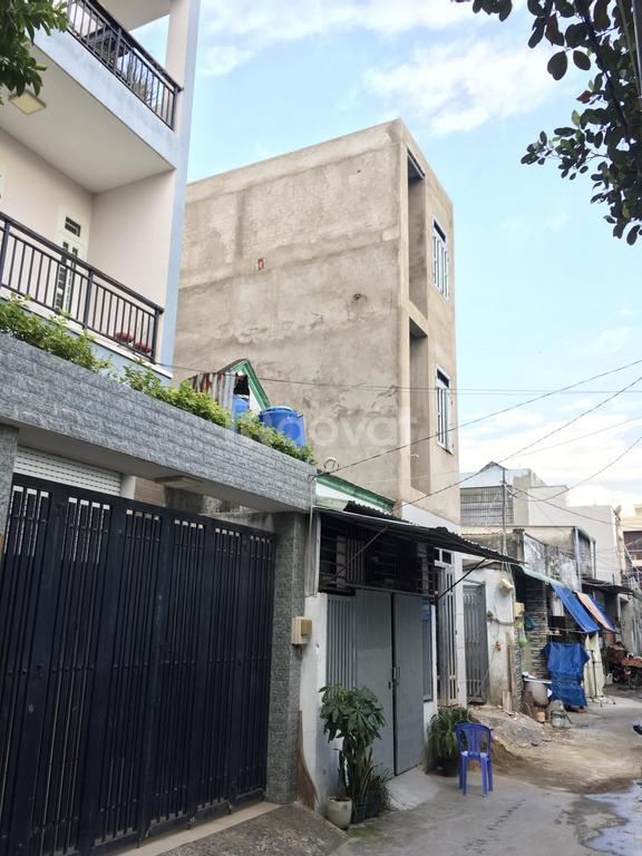 Nhà mới, 3 tầng, DTSD: 275m2, 17/đường 13, P.Linh Xuân, TP Thủ Đức