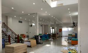 Nhà MT đường Nguyễn Văn Luông, Q6, 4 tầng, 369,1M2