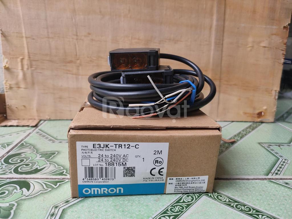 Cảm biến quang điện E3JK-TR12-C 2M Omron hàng nhập khẩu chính hãng