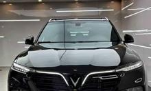 VinFast Lux SA2.0 màu đen bản full miễn phí bảo dưỡng 3 năm