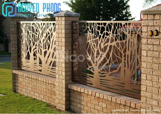 Mẫu hàng rào sắt CNC hợp phong thủy cho biệt thự, nhà phố