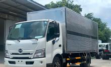Xe tải hino 1t9 thùng kín