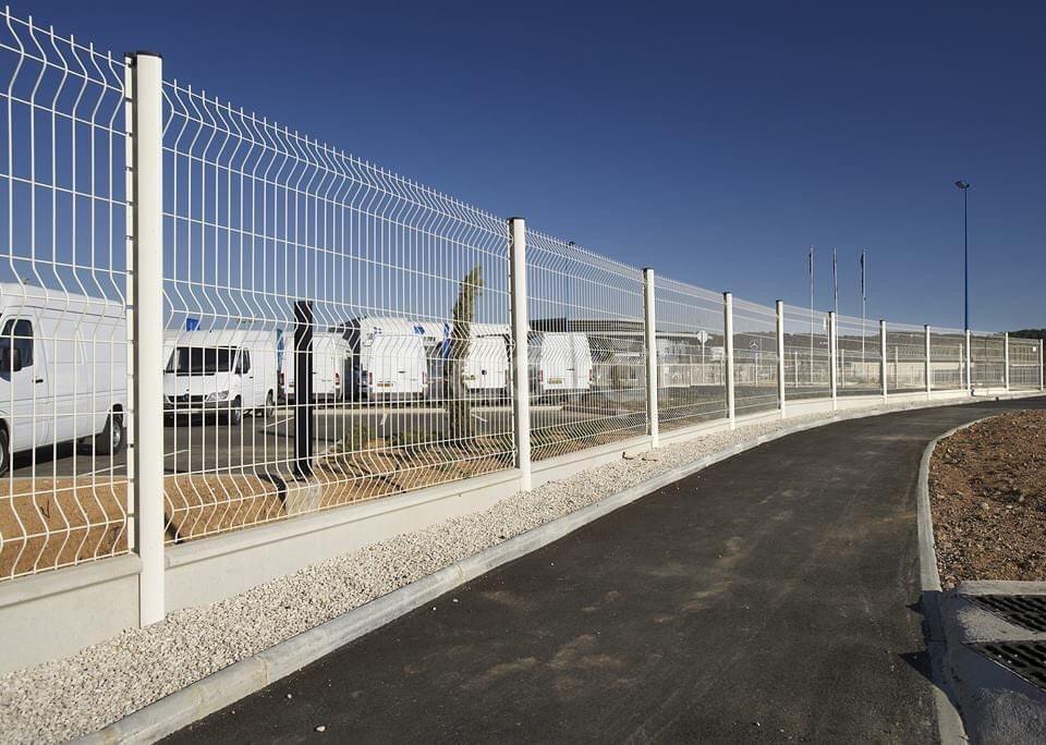 Nhận làm hàng rào khung sắt bảo vệ