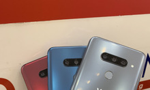 Điện thoại LG V40