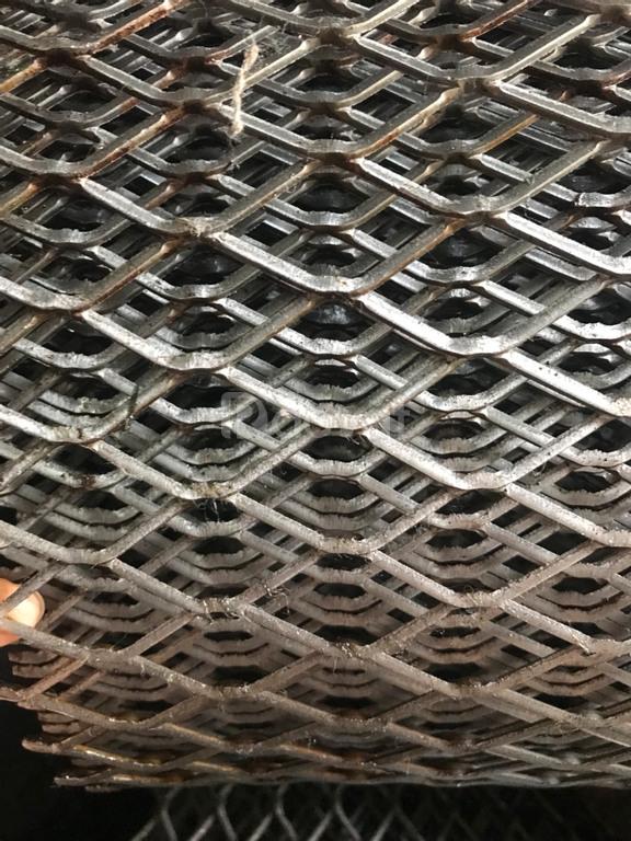 Lưới trang trí nội thất, lưới dập giãn giá tốt