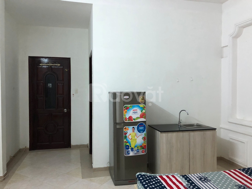 Cho thuê căn hộ dịch vụ 25-30m2 1PN giá rẻ gần vòng xoay Lăng Cha Cả