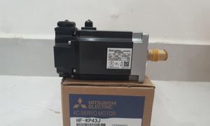 Servo Motor Mitsubishi (HF-KP43J) mới chính hãng giá rẻ