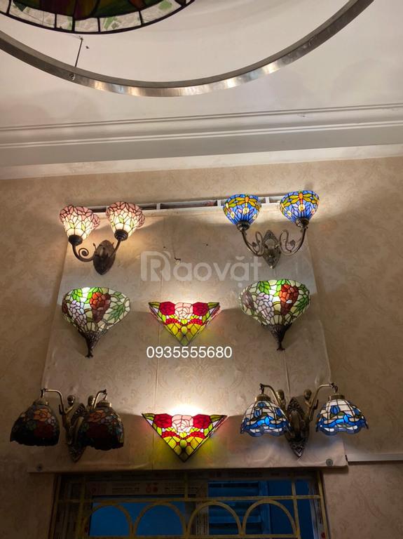 Vài mẫu đèn tường đa sắc hàng thửa