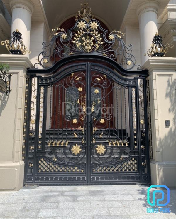 Mẫu cổng sắt mỹ thuật cho biệt thự được tìm kiếm nhiều năm 2021