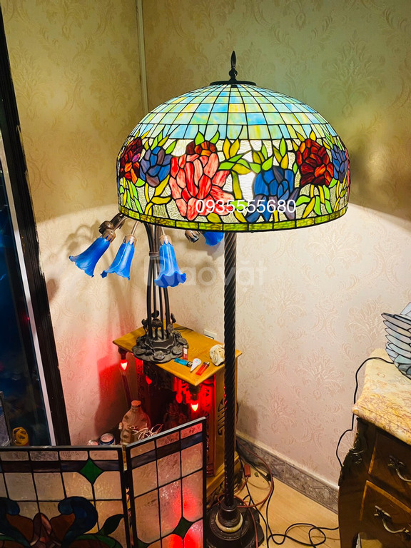 Giao lưu em đèn cây tiffany hàng khủng