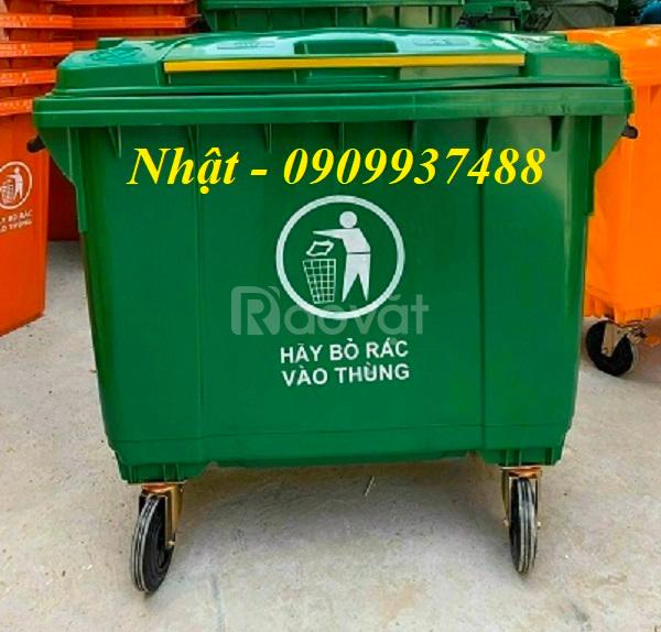 Thùng rác công cộng 660 lit