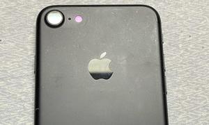 Apple iPhone 7 32GB màu đen, quốc tế, cũ 95%