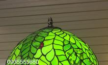 Đèn bàn tiffany thiết kế thiên nhiên xanh mát