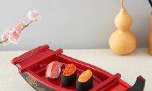 Thuyền trưng bày sushi chuẩn Nhật