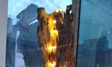 Trụ gỗ lũa