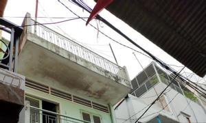 Nhà 2 lầu hẻm 5m Lê Thị Bạch Cát P11, Q11