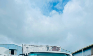 Xe tải Jac 1.9 tấn và 3.4 tấn thùng 4m3, máy cummins, giảm giá sốc