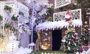 Trang trí Noel và tiểu cảnh noel văn phòng, công ty