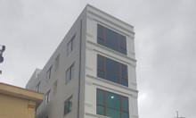 Cho thuê căn nhà 5 tầng mặt phố, thang máy, DT sàn 106m2