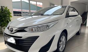 Bán xe Toyota Vios 1.5E số sàn, đời 2019, màu trắng