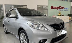 Cần bán xe Nissan Sunny XV số tự động, màu bạc, đời 2018